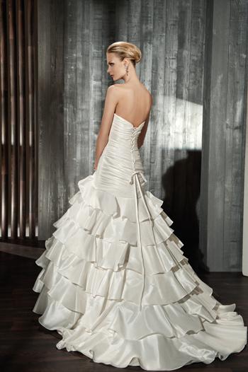 bdc50586f2f Yvettey svatební šaty na míru zákaznice 127 - plesové šaty